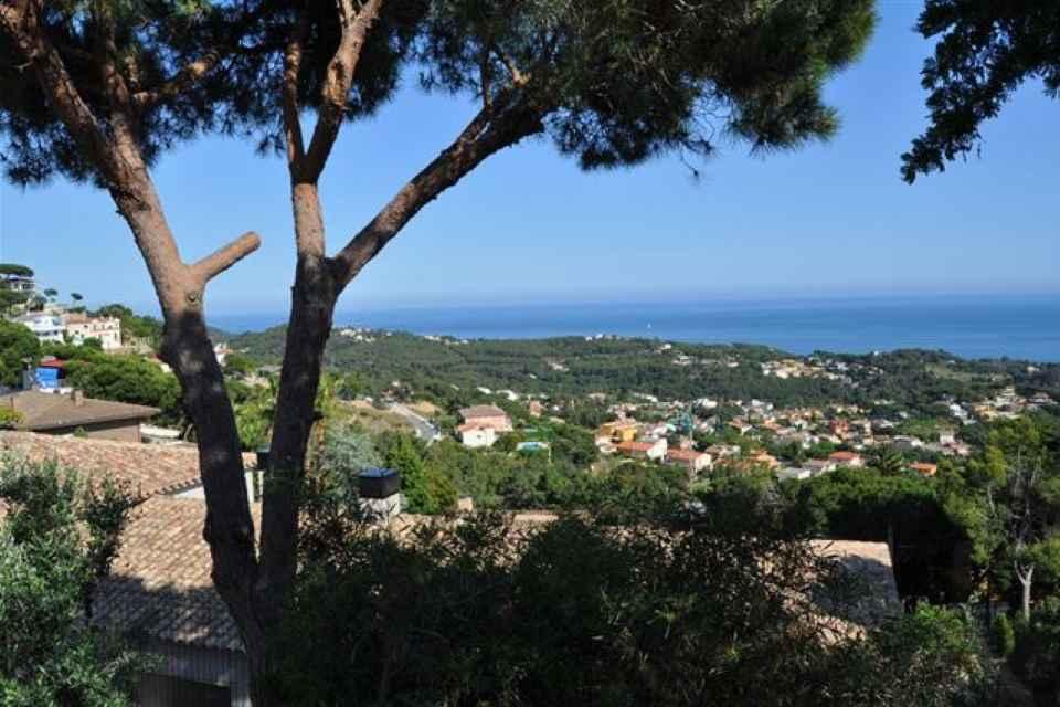 Casa con vistas al mar en venta_ Lloret de Mar_ Mandarina Hosues.jpg